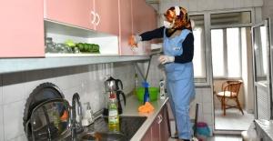 Esenyurt'ta 65 yaş üstüne evde temizlik