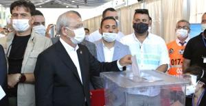 Kılıçdaroğlu yeniden genel başkan