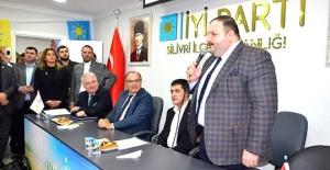 İYİ Partili Ersaraça İBBde...