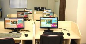 Esenyurt'ta uzaktan eğitime destek
