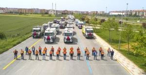 Silivri Belediyesi'ne 50 hibe araç