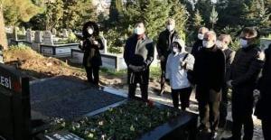 İmamoğlu'ndan Kara'nın mezarına ziyaret