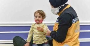 2.5 yaşındaki Rabia#039;ya protez...