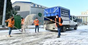Esenyurt'ta buzlanmaya karşı çalışma