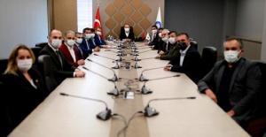 Antalya Büyükşehir'de toplu sözleşme sevinci
