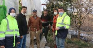 Antalya Büyükşehir'den yangınzede çiftçiye destek