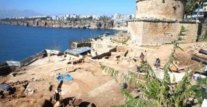 Hıdırlık Kulesi'nde 1500 yıllık antik hamam!