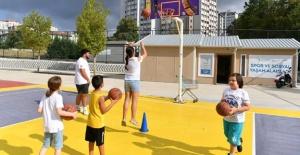 Beylikdüzü'nde yaz spor okullarına...