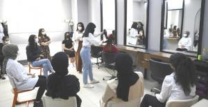 Üniversitelilerin yardımcısı: Emeğim kursları