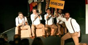 Maltepe Belediye Tiyatrosu Ukrayna'da