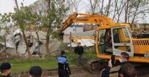 İçme Suyu Havzası'ndaki kaçak yıkıldı