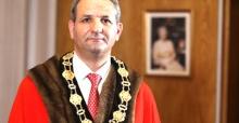 Özaydın Londra  Enfield Belediye Başkanı seçildi