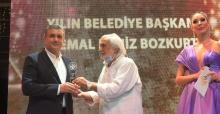Bozkurt'a yılın belediye başkanı ödülü